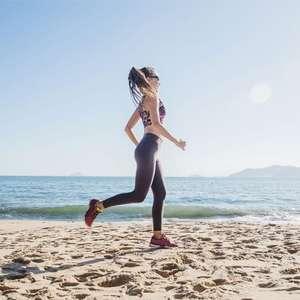 Correr na areia protege de lesões e aumenta gasto energético