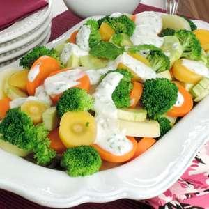 Saladas com molho: sete opções incríveis para provar a ...