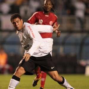 Em 2009, Ronaldo protagonizou título do Corinthians ...