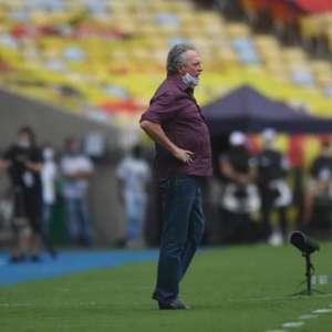 Duelo contra o Corinthians pode marcar a saída de Abel Braga
