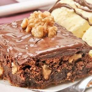 Brownie de creme de avelã com nozes irresistível