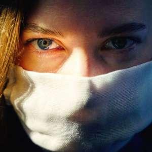 Os introvertidos (e os práticos) que estão gostando de viver de máscara