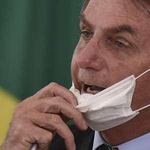 Bolsonaro distorce pesquisa para criticar uso de máscara