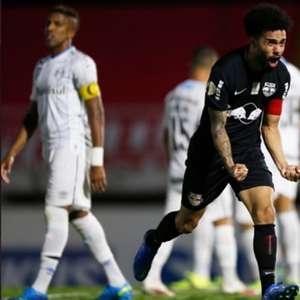 Derlan lamenta derrota na despedida do Brasileirão
