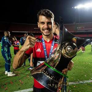 Ceni 'entrevista' e Rodrigo Caio responde sobre chegada ...