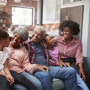 Como a saudabilidade financeira impacta a vida em família?