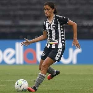 Botafogo renova contrato da meio-campista Gaby Louvain