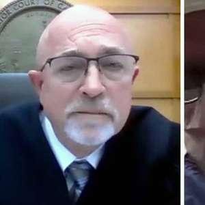 Cirurgião entra em audiência judicial nos EUA enquanto ...