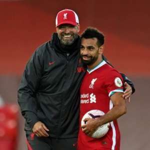 Klopp quer que Salah permaneça no Liverpool por muitos anos