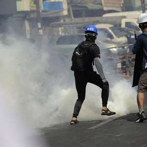 Repressão a protestos contra golpe em Myanmar mata ao ...