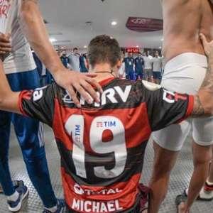 Michael mostra inconformismo e se disponibiliza em prol da redenção no Flamengo