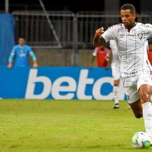 Vai ficar: Caio Paulista renova com o Fluminense até o ...