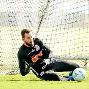 Walter dá adeus ao Corinthians para ser anunciado no Cuiabá