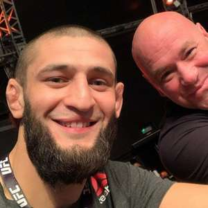 Com complicações da Covid-19, lutador do UFC ensaia ...