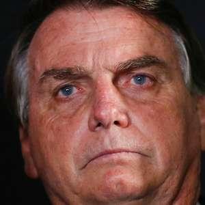 """Em momento crítico da crise do coronavírus, Bolsonaro afirma que """"criaram pânico"""""""