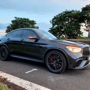 Mercedes-AMG GLC 63 S é um monstro, mas (acredite) prático