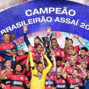 Atual campeão do Brasileiro, Flamengo doa medalha para ...