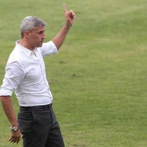 Crespo elogia time do São Paulo: 'Quero parabenizar o grupo'