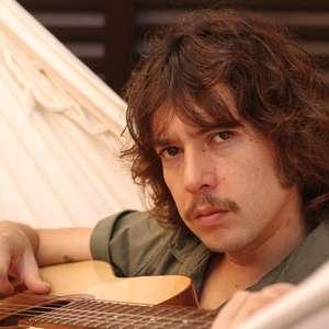 Lucas Gonçalves, da Maglore, lança clipe de álbum solo