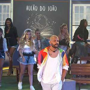 'BBB 21': Festa do Líder João Luiz tem sala de aula, ...