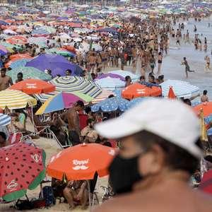 Rio de Janeiro adota restrições e toque de recolher