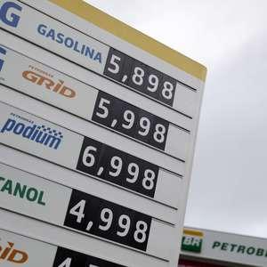 Preço médio da gasolina sobe pelo 9º mês e supera R$5/l, ...