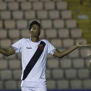 Laranjeira estreia como profissional do Vasco, mas ...