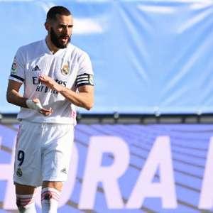Benzema não treina com grupo e é dúvida para Dérbi de Madri