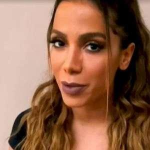 """Anitta revela que tem """"medo de ficar devendo"""" e não ..."""
