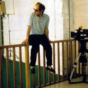 Jean-Luc Godard anuncia que vai fazer mais dois filmes e ...