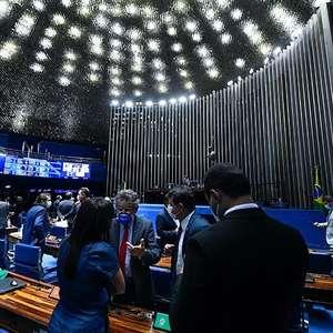 PEC do auxílio prevê abater R$ 100 bilhões da dívida pública