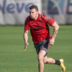 Com três novidades, Flamengo divulga relacionados para a ...