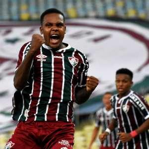 Alexandre Jesus marca seu primeiro gol pelo Fluminense, ...