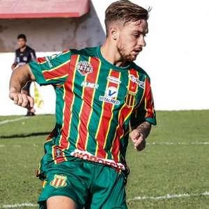 Guilherme Teixeira avalia confronto diante do Fortaleza: ...