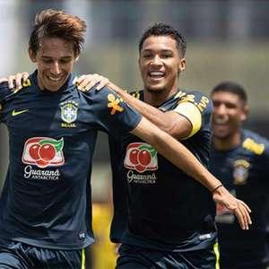 Goleiro e atacante do Flamengo se destacam em goleada da ...