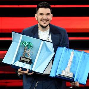 Gaudiano vence categoria 'Novas Propostas' em Sanremo