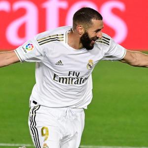 Benzema volta a treinar pelo Real Madrid e deve ...