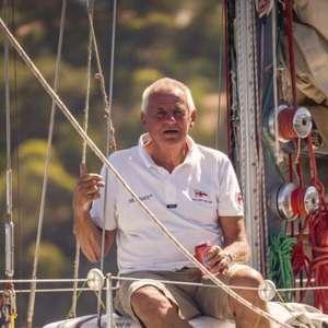 Aos 81 anos, velejador australiano faz história ao ...