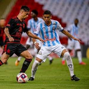Michael destaca chances criadas pelo Flamengo e avalia ...