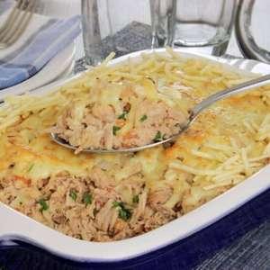 Fricassê de pernil com queijo para uma refeição irresistível