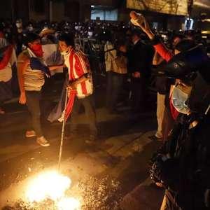 Paraguaios pedem renúncia de presidente por má gestão da ...