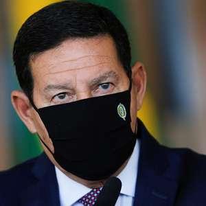 """""""Especulação"""", diz Mourão sobre Lula à frente de Bolsonaro"""