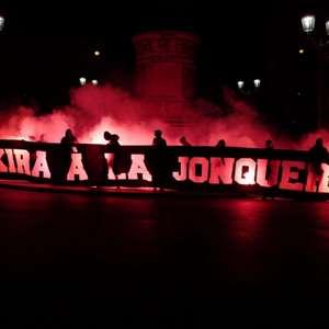 Torcida do PSG insulta Shakira antes de duelo contra o ...