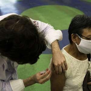 Após 79 dias, Brasil alcança 10% de vacinados com a 1ª dose