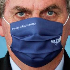 Bolsonaro reproduz vídeo com críticas a governador de PE