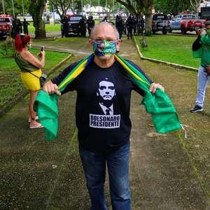 Manifestantes pedem intervenção militar em atos esvaziados