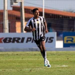 Oliveira comemora rápida adaptação e projeta grande ano ...