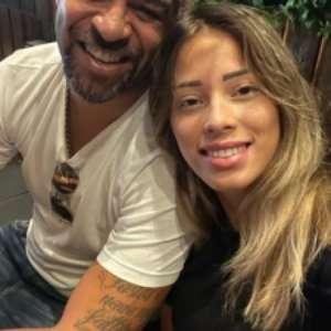 Adriano briga com namorada em hotel no Rio; gritaria assusta