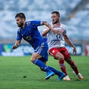 Rafael Sobis admite mau momento do Cruzeiro e diz que só o trabalho poderá mudar os rumos do time