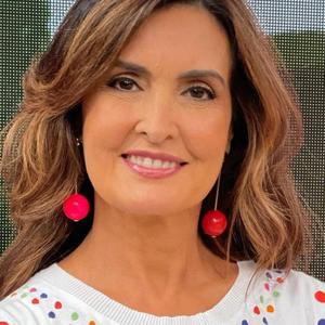 """Unhas: Fátima Bernardes exibe nail art """"inspirada pela ..."""